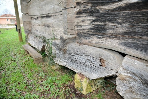 Terme'de Danişment'lerden Kalma Tarihi Mezarlık